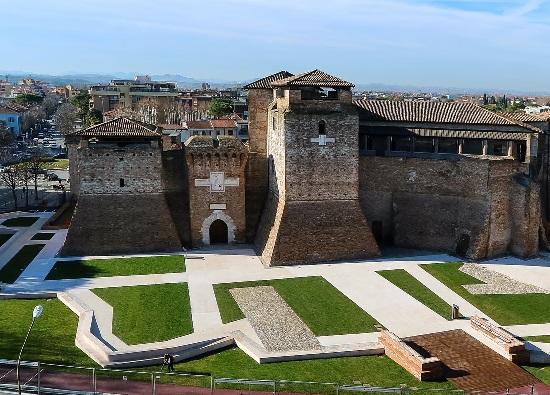 Castel Sismondo e piazza Malatesta
