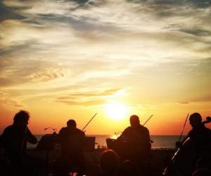 Spiaggia di Riminiterme: Da Bach ai Led Zeppelin