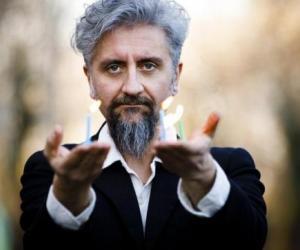 Ascanio Celestini stagione teatrale Galli 2019/20