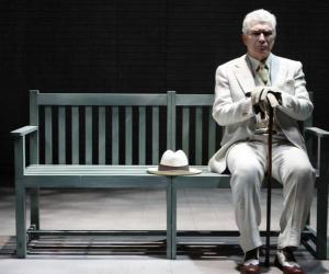 Teatro Amintore Galli: Cita a Ciegas. Confidenze fatali