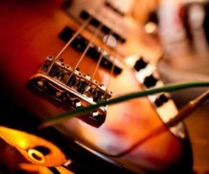 Musica Desnuda Acustic Sound