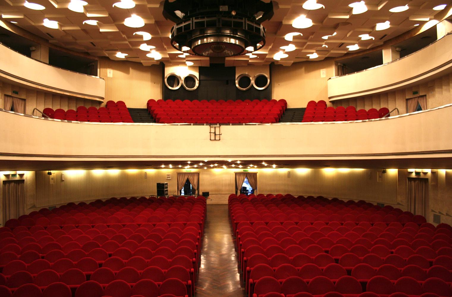 interior of Novelli theatre